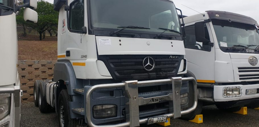2010-mercedes-benz-axor-www.n2trucks.co.za