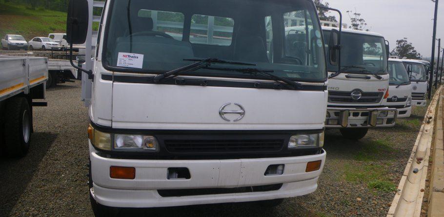 2001-hino-15-207-dropside-www.n2trucks.co.za