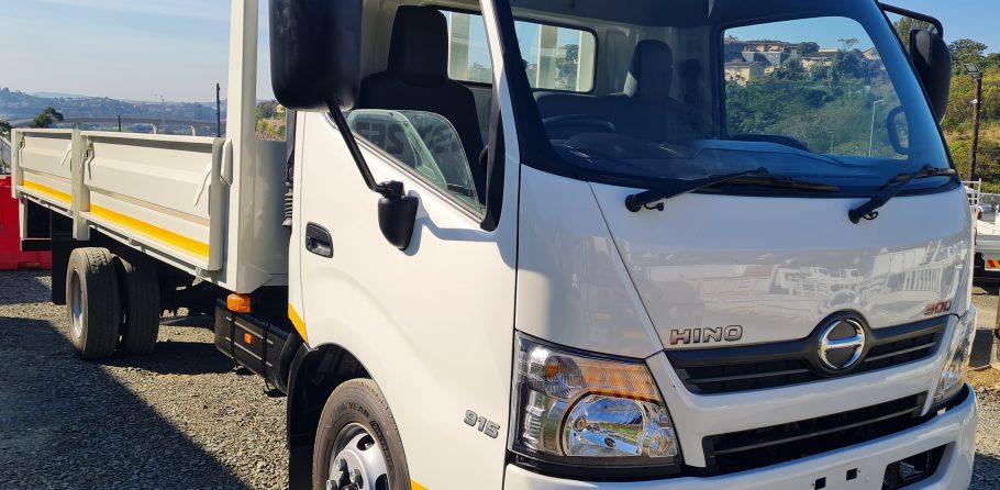 2013-hino-300-915-fridge-truck-www.n2trucks.co.za